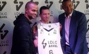 Tony Parker, Laurent de la Clergerie et Gaëtan Müller ont présenté le nouveau maillot de LDLC ASVEL.
