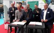Les accords de coopération entre les clusters et Chambéry Grand Lac Economie ont été signés dans le cadre d'Alpipro Brefeco.com