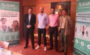Clémént Bouteille, Martin Bothier et Thomas Gallice, les trois fondateurs de Rushmix en compagnie de Gilles Assolant, président de Incit'financement