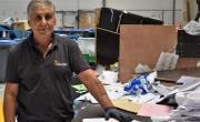 Les employés d'ELISE Lyon trient plusieurs tonnes de papier chaque jour.