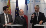 De gauche à droite : Pascal Blain, directeur régional de Pôle Emploi ; Pascal Mailhos, préfet ; et Laurent Wauquiez, président d'Auvergne Rhône-Alpes.