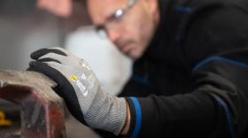 Coverguard rachète un fabricant chinois de gants