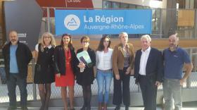 Les GE de Grenoble à la sortie de leur réunion au siège de la région à Lyon.
