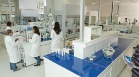 Ophtalmologie : Théa et Biocorp vont développer des dispositifs médicaux connectés