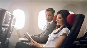 La cabine Économique Privilège offre notamment des sièges plus spacieux, des écrans individuels à commande tactile, des repas gastronomiques haut de gamme et l'enregistrement de deux bagages.