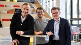 Bruno Calvo et David Layani, cofondateurs de Badakan, et Victor Penhoat de HelloExtra.