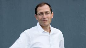 Jean-Pierre Nozières, physicien et entrepreneur.