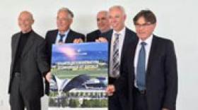 Aéroports de Lyon signe une charte de coopération économique et sociale avec quatre communautés de communes