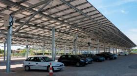 Neoen parkings photovoltaïques à Corbas bref eco
