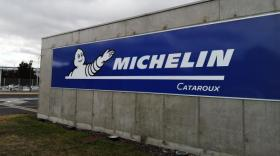 Michelin accuse le coup mais résiste