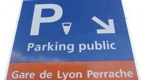 L'un des parkings lyonnais gérés par Effia (groupe SNCF)-bref eco