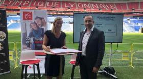 Sidonie MERIEUX, Présidente du Comité RSE de l'Olympique Lyonnais et Philippe HILLARION, Directeur Territorial Rhône de Pôle Emploi.