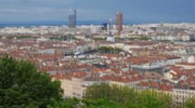 Lyon, une métropole peu dense, jeune, diplômée, à forte assise industrielle