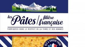 Ces pâtes sont fabriquées à Chambéry à partir de blés cultivés par une soixantaine d'agriculteurs de la Drôme, du Gers et des Alpes-de-Haute-Provence.