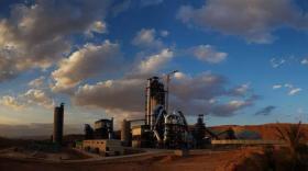 La nouvelle cimenterie de Biskra (Algérie) entre en phase de mise en route.