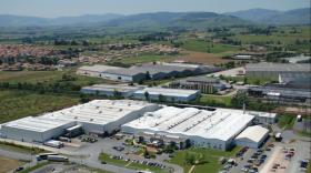 Saint Jean Industries à Saint-Jean-d'Ardières dans le Beaujolais.