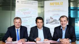 Renault et Pôle Emploi signent la convention Mobiliz