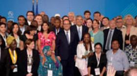 Sommet Climat & Territoires : François Hollande salue le rôle exemplaire des collectivités (1/2)