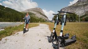 Tier Mobility lance ses trottinettes à l'assaut de Val d'Isère