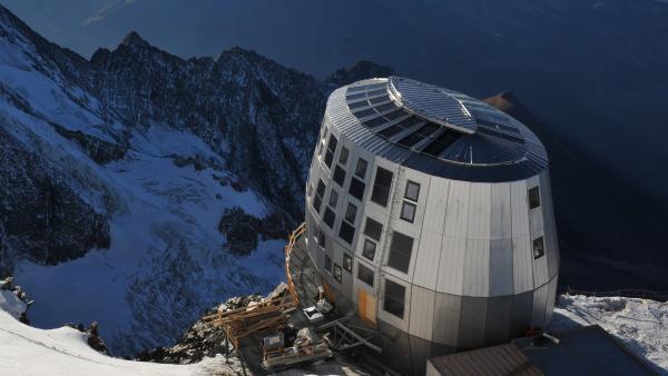 Les clubs alpins jouent la carte du mix énergétique pour leurs refuges
