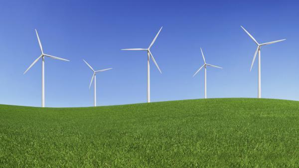 """Laurent Wauquiez vent debout contre le """"développement chaotique des éoliennes"""""""