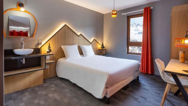 Le Base Camp Lodge bénéficie de la proximité du centre-ville de Bourg, de la gare TGV et du domaine skiable de Paradiski