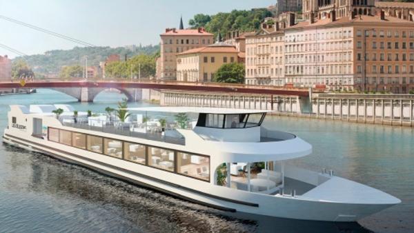 Le futur bateau restaurant Les Célestins