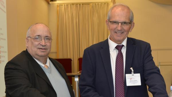 Michel Dambra vice-présidentdu Auvergne-Rhône-Alpes et Maurice Croppi président (à droite).
