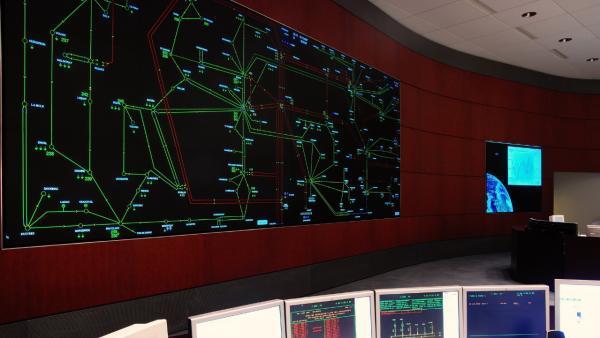 """RTE travaille sur les réseaux du futur, alliant """"électricité et digital""""."""