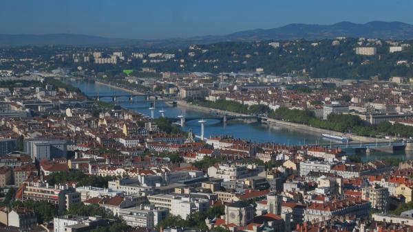 Téléphériqueà Lyon : le Sytral fait appel à l'arbitre