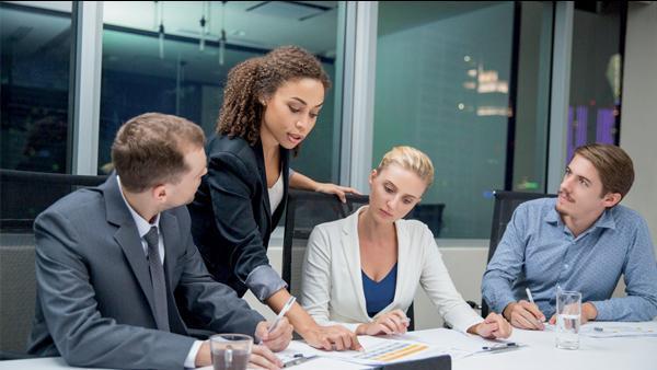 Le management à l'ère digitale, selon emlyon business school