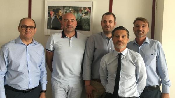 Les équipes dirigeantes d'Emalec et de Faciliteam, brefeco.com
