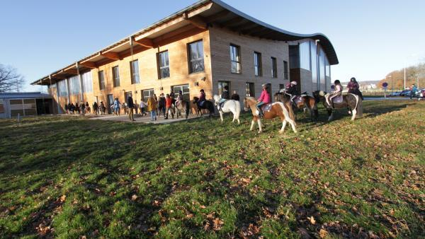 L'Ecole départementale d'équitation d'Aurillac.