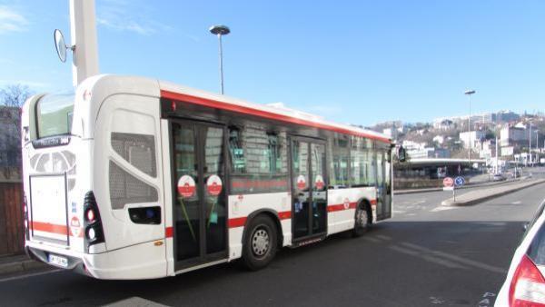 """L'espace publicitaire disponible en """"cul"""" de bus"""