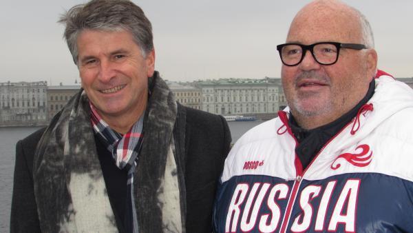 Stéphane Le Pennec (à g.), directeur général, et Michel Salaün, pérsident de Salaün Holidays, à Saint-Petersbourg. - bref eco