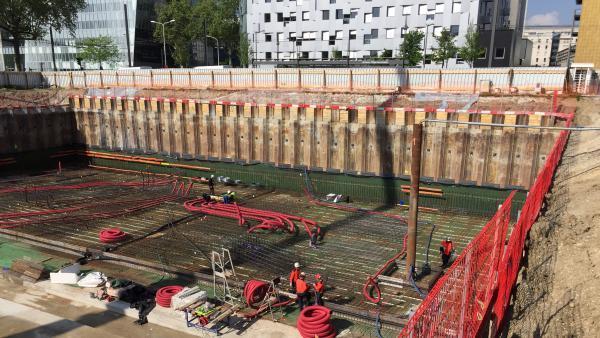 Le chantier de la centrale de production de froid. Brefeco.com