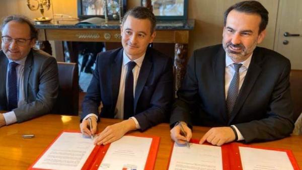 Signature du protocole permettant à l'Etat de céder le domaine thermal à la ville de Vichy