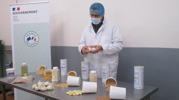 L'ail, l'oignon et l'échalotte transformés par Rochias sont utilisés par les principaux grands noms de l'agro-alimentaire