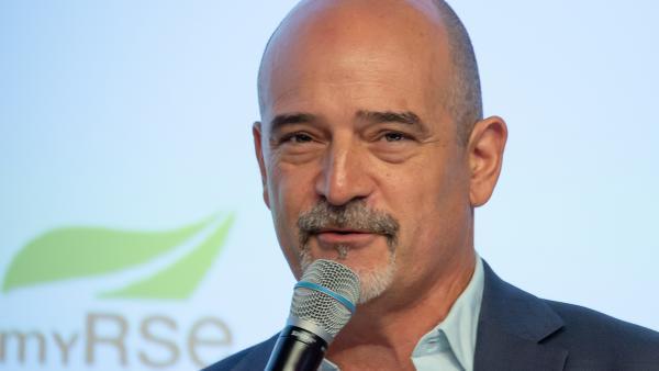 Dominique Steiler, titulaire de la chaire sur la Paix Economique de Grenoble EM - bref eco