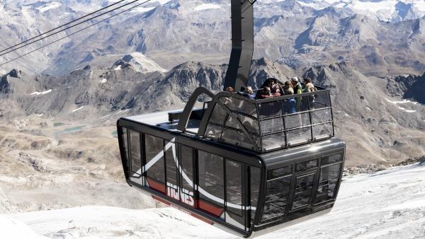 Capacité de chaque cabine : 100 places... et 20 en terrasse ! brefeco.com
