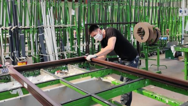 Vie & Véranda agrandit son usine de Feyzin